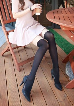 Thigh Paneled Stockings