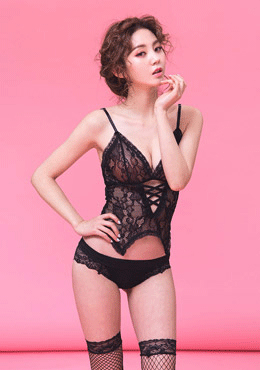 Rose of Feb lingerie set