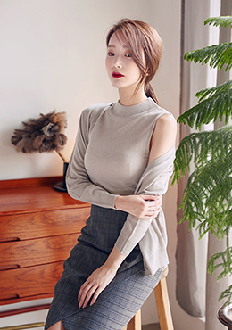 Knit Mock Neck Sleeveless With Cardigan Set