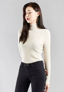 Turtle Neck Courduroy Pattern