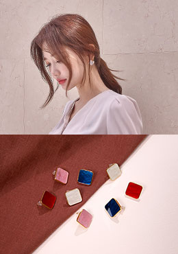 [CHU] Ethnic Plate Square Earrings
