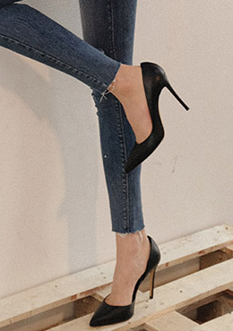 Come To Me Heels