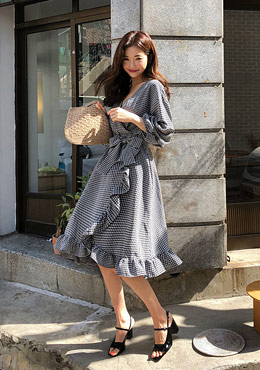 Puff Sleeve Frill Check Wavy Dress