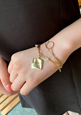 The Golden Age Bracelet