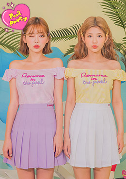 Leegong Pool Party Sweet Romance Tee by Chuu