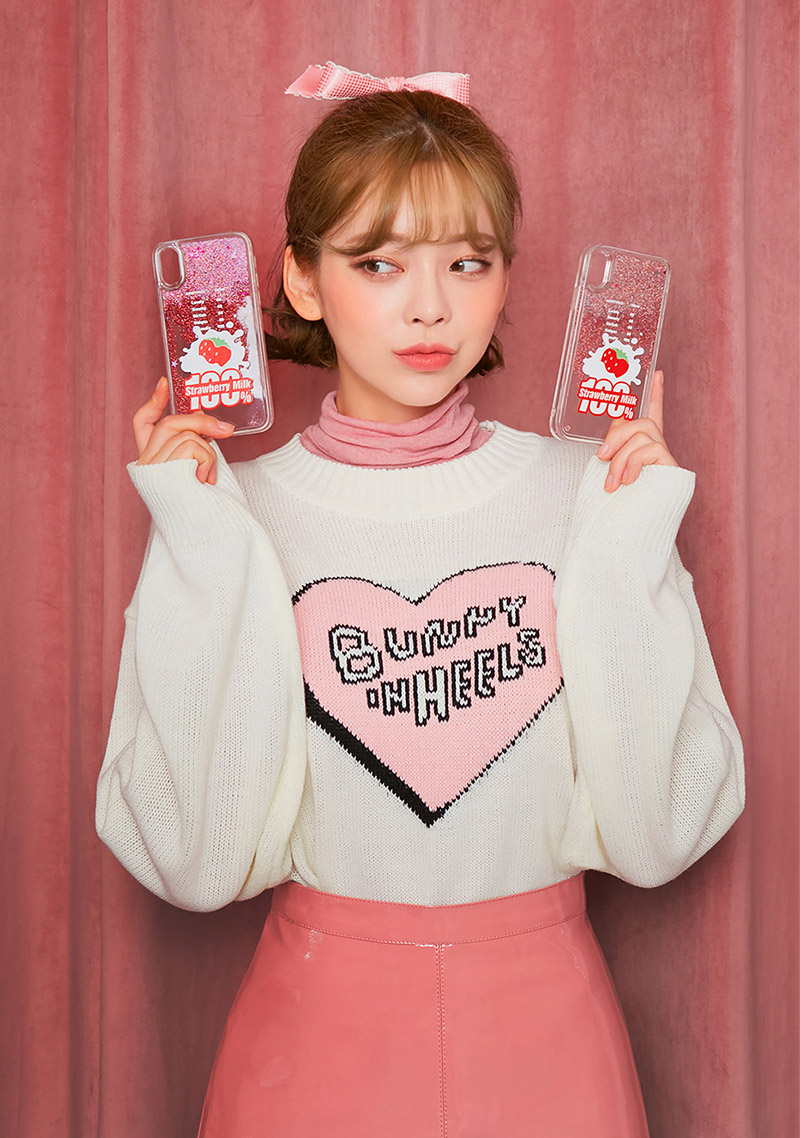 Strawberry Milk. Strawberry 100 Phone Case by Chuu