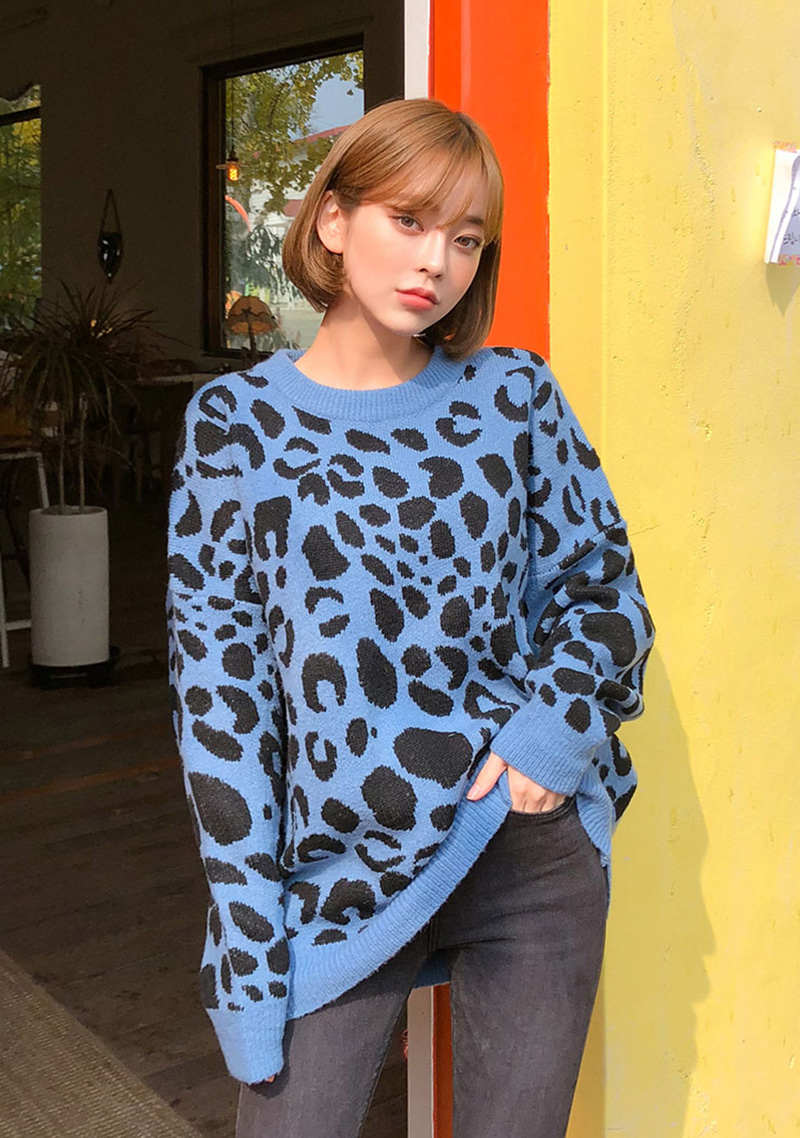 loose-fit-lovely-leo-knit by chuu