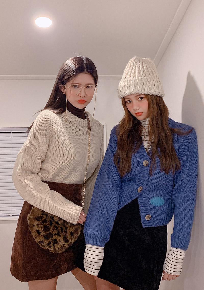easy-warm-short-cardigan by chuu