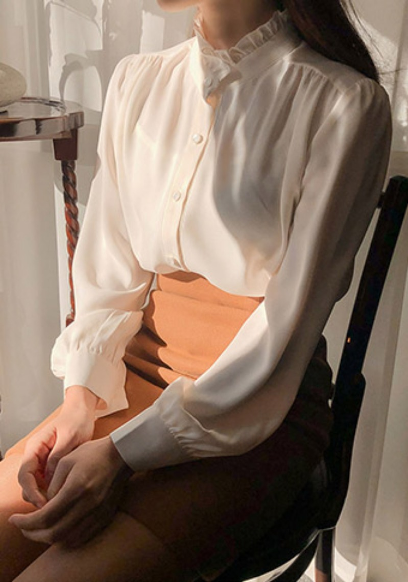 spend-time-with-you-frill-blouse by chuu