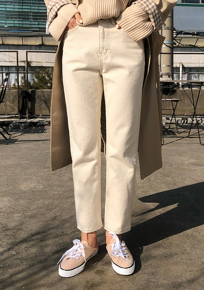 wide-straight-fit-daily-pants by chuu