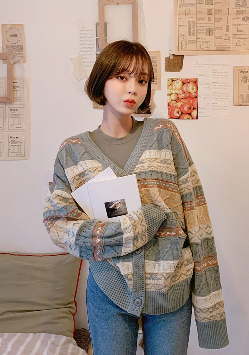 vintage-styled-knit-cardigan by chuu