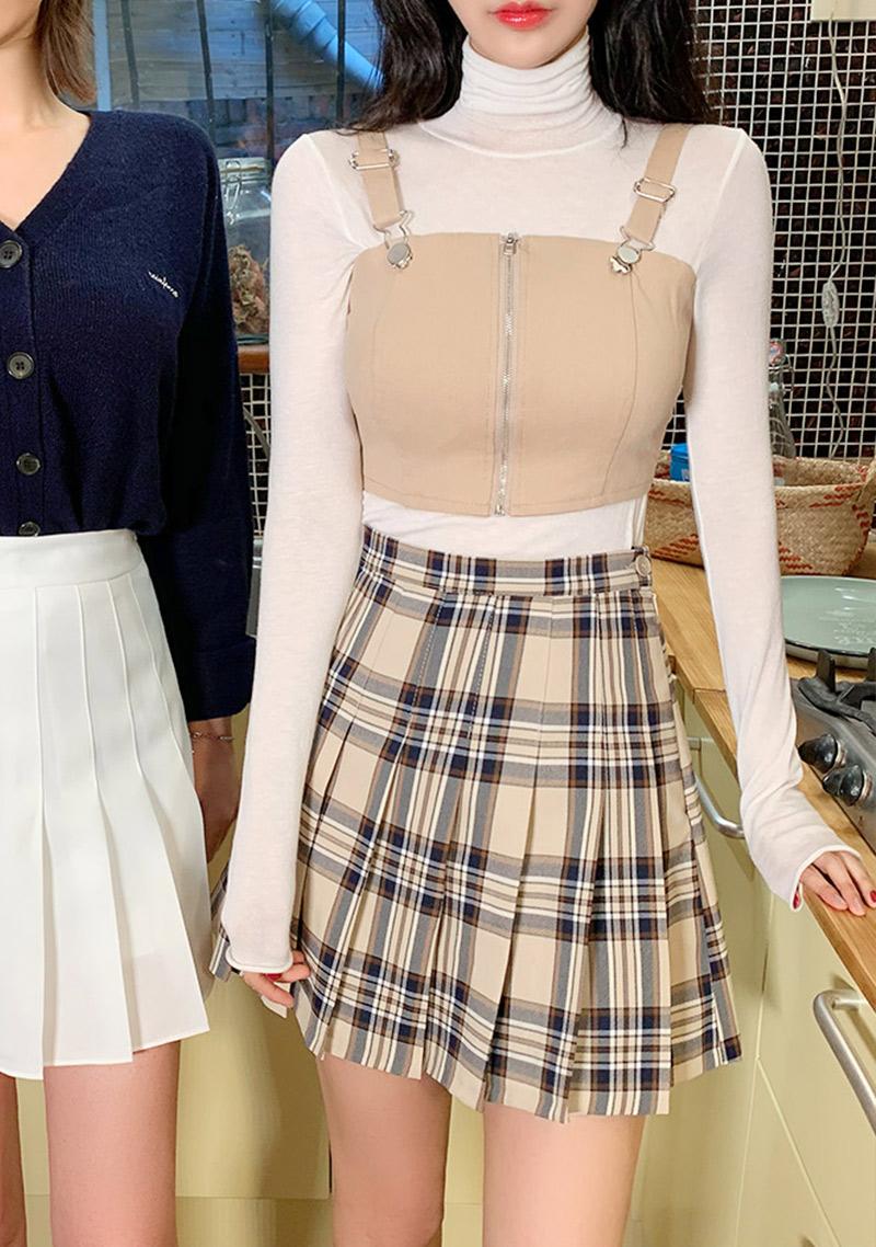 vivid-tennis-skirt-in-check by chuu