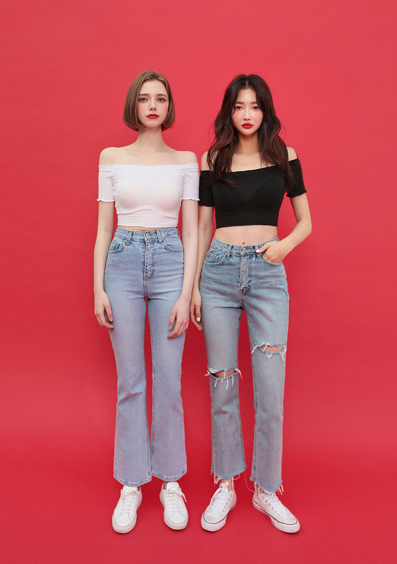 off-shoulder-slim-fit-crop-tee by chuu