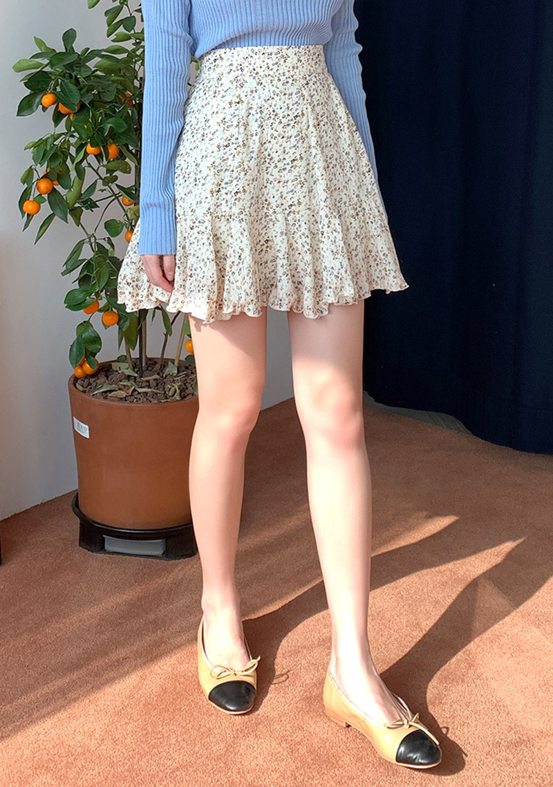 falling-in-spring-frill-skirt by chuu