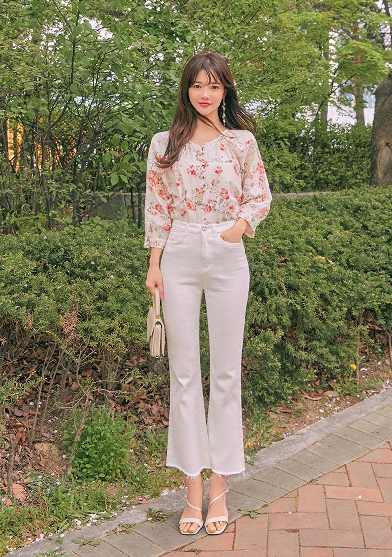5 Kg Cherry Blossom Jeans Vol.11 by Chuu