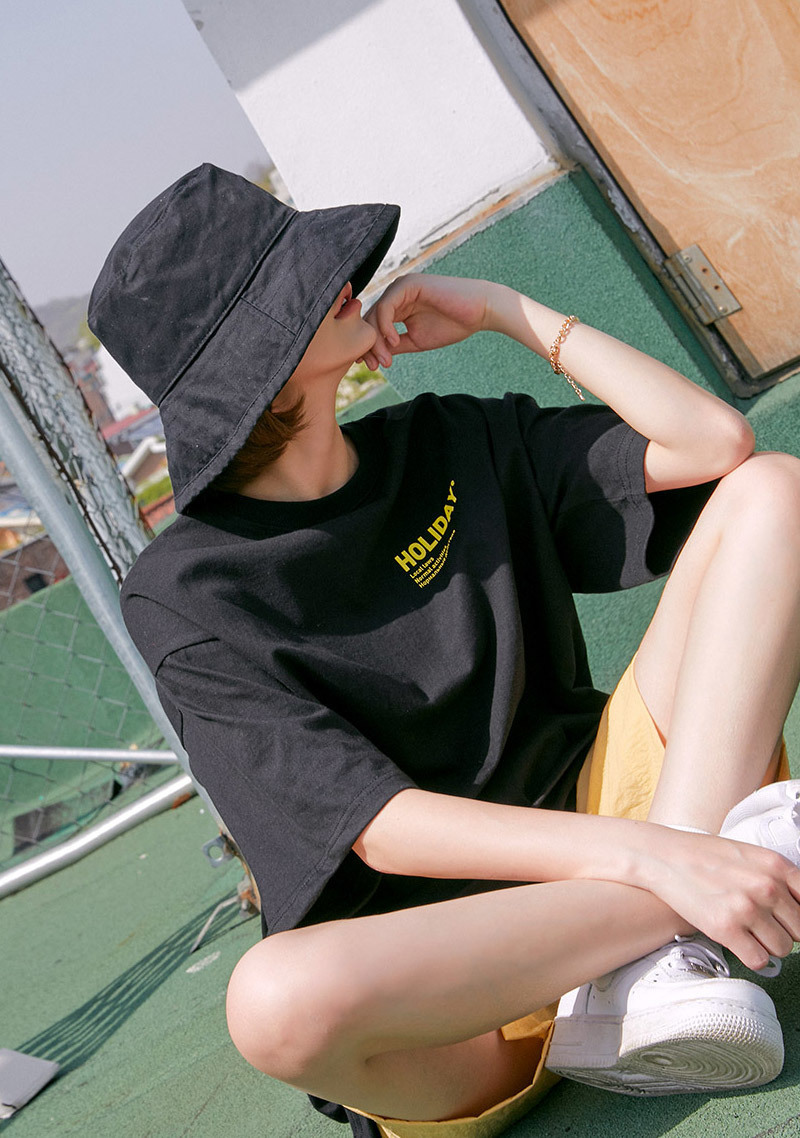 mysterious-girl-bucket-hat by chuu