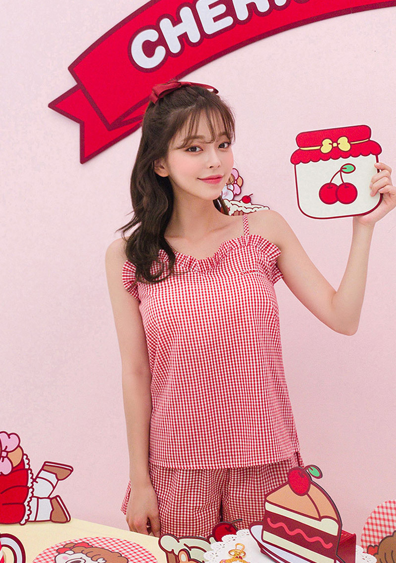 cherry-pie-leegong-cherry-on-top-pajamas-set by chuu