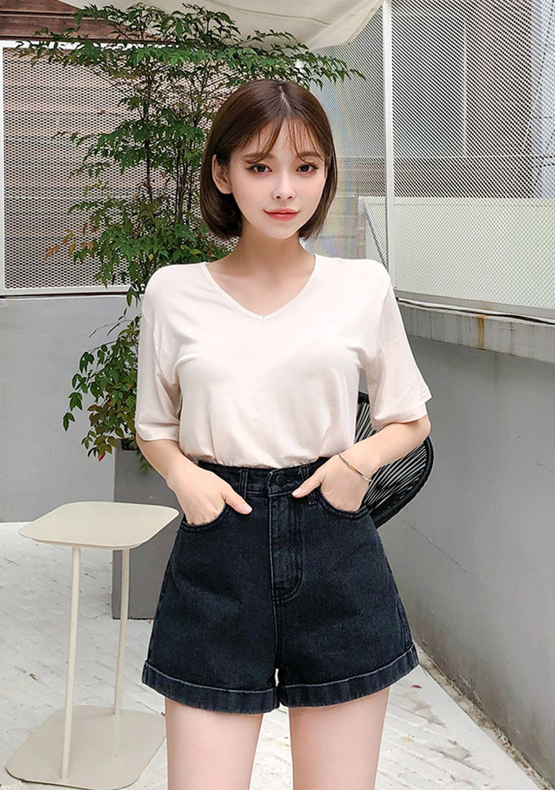 heart-to-heart-roll-up-shorts by chuu