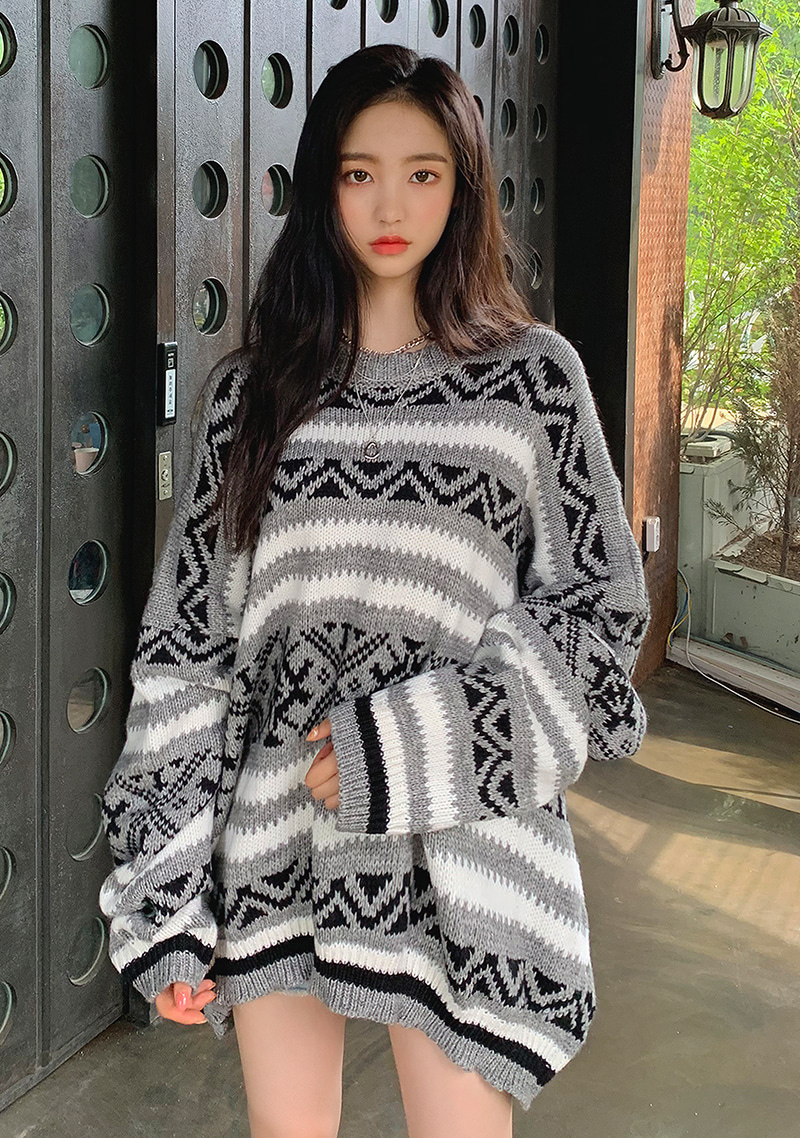 warm-snow-overfit-knit-sweater by chuu