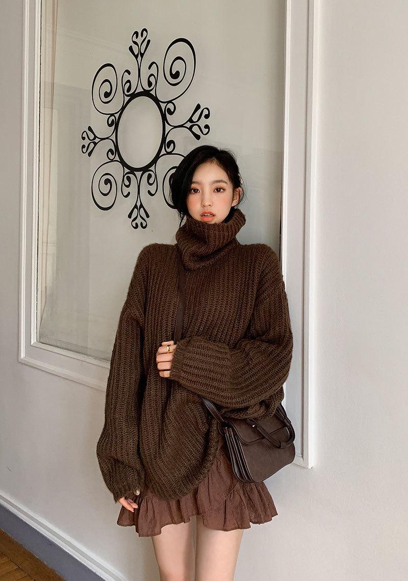 loosefit-super-turtleneck-knit by chuu